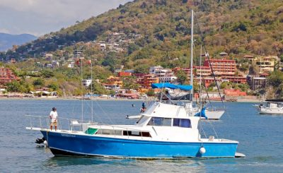Big Game Fishing and Small Game Fishing In ixtapa Zihuatanejo Mexico. On Deep Sea Fishing you can expect catching Marlin Sailfish, Mahi Mahi, Tuna, Wahoo, and Big Dorados in Ixtapa Zihuatanejo. Fishing charters, Pangas, Super Pangas, Luxury Yatchs, Boats in Ixtapa Zihuatanejo Mexico. Book online a day trip for Deep Sea Fishing, Sport fishing, bottom and fly fishing in Ixtapa Zihuatanejo Mexico
