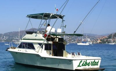 Selected fishing charters in Ixtapa Zihuatanejo. Fishing for black and blue marlin, sailfish, mahi mahi in Ixtapa Zihuatanejo. Inshore fishing for pretty, grouper, mackerel, black tuna in Ixtapa Zihuatanejo. Deep Sea Fishing in Ixtapa Zihuatanejo. Fishing Charters Daily Living From Zihuatanejo Pier. Fishing Charters Daily Living From the Marina of Ixtapa. Sharing Fishing Boats in Ixtapa Zihuatanejo